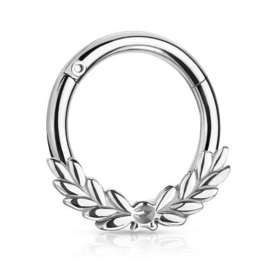 Hinged ring with laurel wreath